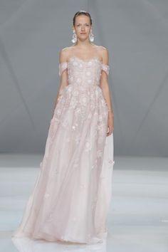 Vestidos de novia con hombros caídos 2017: ¡Para novias muy elegantes! Image: 14