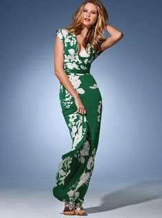 Horribly overpriced and utterly fabulous Multi-way maxi dress. I just love the print. $108 at Vicki's. They have solids too. Evidently you can wear it seven ways: twist front halter, strapless, v-neck, cross back, double-strap, one-shoulder....