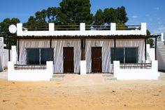 Big five Safari close to Cape Town. Inverdoorn and Iziba Safari Lodge. Game Reserve, Luxury Accommodation, Cape Town, Safari, The Originals, Big, Outdoor Decor, Home Decor, Chalets