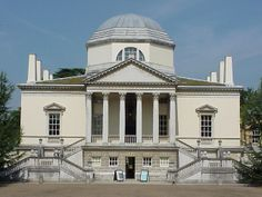 Richard Boyle, third Earl of Burlington, was the foremost arbiter of taste of his day and designed his Palladian-style Chiswick House as a temple to the arts. British Architecture, Neoclassical Architecture, Space Architecture, Historical Architecture, Beautiful Architecture, English House, English Manor, Design Simples, Andrea Palladio