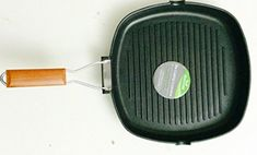 Deluxe Quality Non-Stick Heavy Guage Square Grill Pan With Deluxe Wooden Handle Frying Pans, Dish Drainers, Dinner Sets, Grill Pan, Wooden Handles, Cookware, Grilling, Budget, Amazon
