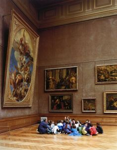 Musée du Louvre, Paris, 1989    Photo by Thomas Struth