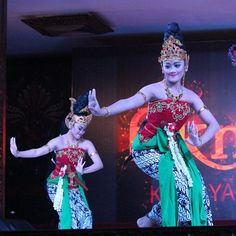 Ratu Graini #sundanese #traditional #dance #westjava #Indonesia #instanesia