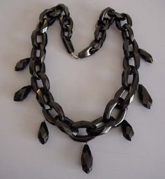 VICTORIAN Whitby jet faceted links and drops necklace. Each link and drop was hand carved.