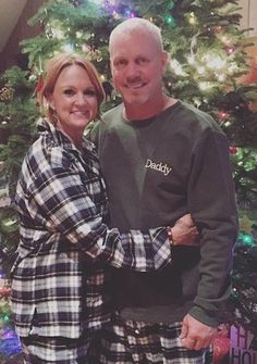 The Pioneer Woman Ree Drummonds husband : What you dont know about him – The World News Daily - Moyiki Sites Ree Drummond Ranch, Ladd Drummond, Ree Drummond Husband, Pioneer Woman Meatloaf, Pioneer Woman Recipes, Pioneer Women, Pioneer Woman Kitchen, Marlboro Man, Independent Women