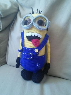 Minion knitted