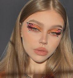 Edgy Makeup, Makeup Eye Looks, Eye Makeup Art, Crazy Makeup, Cute Makeup, Pretty Makeup, Skin Makeup, Makeup Inspo, Butterfly Makeup