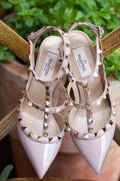 "Modern + stylish wedding shoe idea - blush and gold Valentino ""Rockstud"" pointed heels {Arden Photography}"