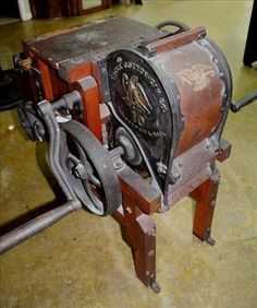 Very rare 10 saw cotton gin made in Bridgewater MA - Jan 2017 Cotton Gin, Ms, Auction, Flooring, Antiques, How To Make, Antiquities, Antique, Wood Flooring