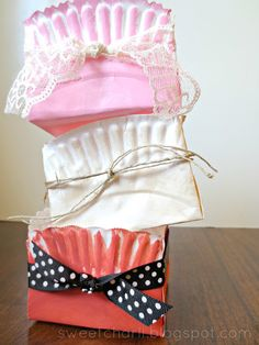 DIY gift box by folding a paper plate.