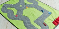 Circuit de voitures portable - HUSQVARNA VIKING®