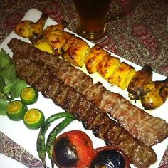 Kebab with lamb meat & chicken Grilling Recipes, Cooking Recipes, Cypriot Food, Iran Food, Iranian Cuisine, Food Tasting, Middle Eastern Recipes, Food Design, Food Presentation