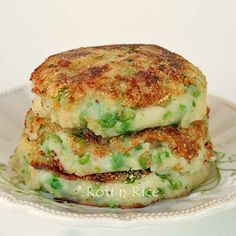 Green Peas Mashed Potato Pancakes | Roti n Rice