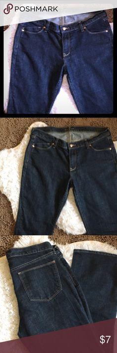 Old Navy Flirt Jeans 👖 Washed never  worn Old Navy Size 14 Short Flirt Jeans 👖 Old Navy Jeans