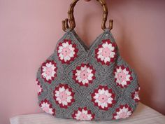crochet bag with whole handles | Crochet Granny Square Bag With Wooden Handles by staraki on Etsy, € ...