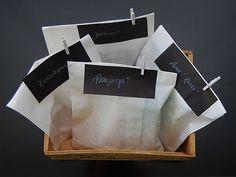 DIY- Ensiapukori - Humua -kaikkien juhlien ideapankki Paper Shopping Bag, Favors, Diy, Home Decor, Presents, Decoration Home, Bricolage, Room Decor, Guest Gifts