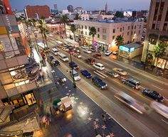HOLLYWOOD BOULEVARD - avenida de Los Angeles, famosa por sua Calçada da Fama - quase 6 km de passeio...