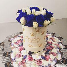 #blueroses Blue Roses, Cake, Flowers, Kuchen, Royal Icing Flowers, Torte, Cookies, Flower, Cheeseburger Paradise Pie