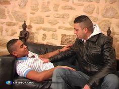 Suce en voiture arabe gay ttbm