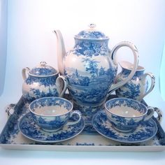 I prefer a matched tea set over a mis-matched confusion of china