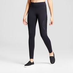 For a girl who thrives on an active lifestyle, you'll need items in your wardrobe that go where you go. The 7/8 Moto Leggings from JoyLab™ are the perfect piece for creating a variety of looks that suit your daily routine — from kickboxing to kicking it back and everything in between. Made from a body-sculpting nylon, these leggings offer a soft and smooth feel to help you power through any activity without any fuss. The ankle length and mid-rise fit keep them comf...