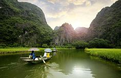 10 Best Vietnam Experiences (Courtesy of John Bill/Shutterstock.com)
