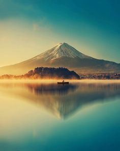 "Helena PIRES on LinkedIn: ""Le Mont Fuji au lac kawaguchiko, au Japon. Monte Fuji, Beautiful World, Beautiful Places, Wonderful Places, Beautiful Scenery, Landscape Photography, Nature Photography, Travel Photography, Simplicity Photography"