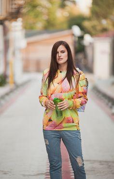 Mr gugu sweatshirt, blur boyfriend ripped jeans, printed converse, weekend style