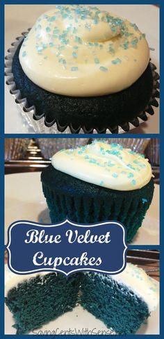 Blue Velvet Cupcakes #recipe - Disney's Frozen inspired #cupcakes#DDDivas #MyDawnSummer