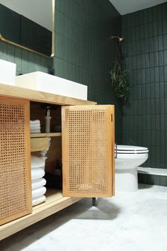 one-room-challenge-the-reveal-carmeon-hamilton - The world's most private search engine Marble Bathroom Floor, Marble Floor, Bathroom Green, Small Bathroom, Tile Bathrooms, Bathroom Showers, Master Bathrooms, Contemporary Bathrooms, Bad Inspiration