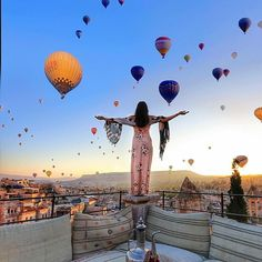 Now is the time for Cappadocia? Turkey Destinations, Travel Destinations, Travel Pictures, Travel Photos, Cappadocia Balloon, Cappadocia Turkey, Beautiful World, Beautiful Places, Turkey Travel