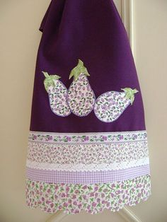 A Pair of Purple Pears Dish Towels, Hand Towels, Tea Towels, Applique Patterns, Applique Designs, Sewing Patterns, Sewing Crafts, Sewing Projects, Plastic Bag Holders