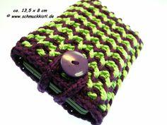 Handytasche für iphone, Samsung Galaxy oder andere Smartphones geeignet,  gehäkelt grün violett von www.Schmuckkistl.de auf DaWanda.com