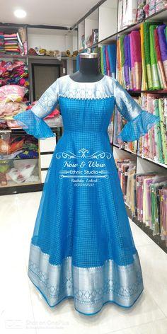Simple Gown Design, Long Dress Design, Stylish Dress Designs, Fancy Blouse Designs, Stylish Dresses, Long Gown Dress, Long Frock, Frock Dress, Lehenga Saree Design