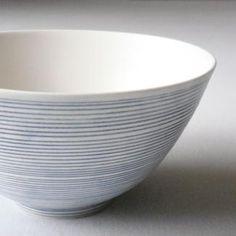 青い線の丼鉢 照井壮 毎日使いたいシンプルなデザインをセレクト mar の通販