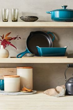 Explore Le Creuset color palettes and color pairing ideas, featuring Deep Teal. Le Creuset Colors, Color Pairing, Deep Teal, Color Palettes, Kitchen Ideas, Explore, Tableware, Home Decor, Dinnerware