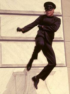 """Bruce Lee es """"Kato"""" en el Avispon Verde"""""""