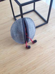 Etui til høretelefoner købes på StennerS på facebook
