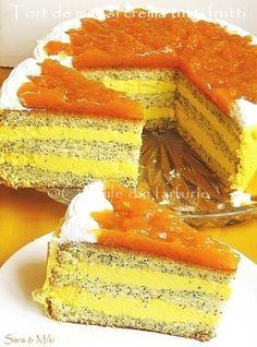 » Tort de mac si crema tutti fruttiCulorile din Farfurie Romanian Desserts, Mac, Tutti Frutti, Sorbet, Sweet Treats, Cheesecake, Food And Drink, Cookies, Recipes