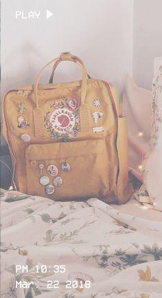 ☼ a.n.y ☼ Art Hoe Aesthetic, Aesthetic Vintage, Pink Aesthetic, Aesthetic Collage, Mochila Kanken, Kanken Backpack, Backpack Bags, Happy Colors, Mellow Yellow
