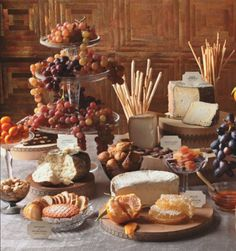 Are you going to set up a buffet for your Holiday meal? Not just any ordinary buffet. I& talking about a buffet that& really and truly beautiful! Wine And Cheese Party, Wine Tasting Party, Wine Cheese, Cheese Fruit, Gourmet Cheese, Cheese Cubes, Cheese Food, Cheese Spread, Wein Parties