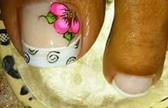 Cute Pedicure Designs, Toe Nail Designs, Cute Pedicures, Pedicure Nails, Toe Nail Art, Toe Nails, My Beauty, Hair Beauty, Triangles