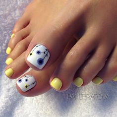 Installation of acrylic or gel nails - My Nails Pretty Toe Nails, Cute Toe Nails, My Nails, Toe Nail Color, Toe Nail Art, Nail Colors, Summer Toe Nails, Summer Pedicures, Summer Pedicure Colors