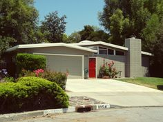 More mid-century modern homes while driving around San Jose, CA.