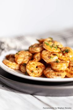 Start the new year off right with this simple and healthy Grilled Marinated Shrimp. Staple ingredients make up this shrimp marinade, perfect for weeknights. Grilled Shrimp Marinade, Easy Grilled Shrimp Recipes, Quick Appetizers, Healthy Grilling, Easy Salads, Weeknight Meals, Cooking Recipes, Worcestershire Sauce, Shower Gifts