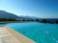 The infinity pool of Villa Agave and the beautiful view on Castellammare harbour and the coastline of Zingaro the nature reserve