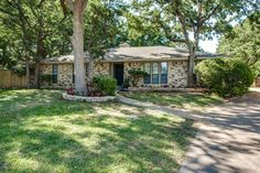 Home We Listed For Sale in Arlington TX. Recently Renovated and Sold!