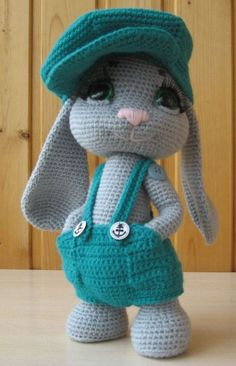 Here is a detailed crochet pattern of my Rowdy Dowdy Bunny. Pattern is written in ENGLISH and SPANISH. This is a 28 pages PDF crochet pattern including all the information needed to create Rowdy Dowdy Bunny. Included: All materials required to complete Crochet Bunny Pattern, Crochet Animal Patterns, Stuffed Animal Patterns, Crochet Patterns Amigurumi, Cute Crochet, Amigurumi Doll, Crochet Animals, Crochet Dolls, Amigurumi Tutorial