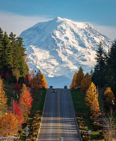 October view of Mt. Rainier in Washington State. Photo: Aimee Lou KOMO News Scenery Pictures, Park Pictures, Park Photos, Western Washington, Washington State, Seattle Washington, Seattle Photography, Nature Photography, Great Places
