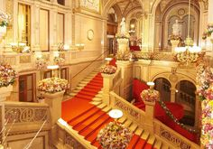 © Wiener Staatsoper / Michael Pöhn   Wiener Staatsoper Heart Of Europe, Vienna, Cottage, Candles, Travel, Opera, Hobbies, Stairs, Interior